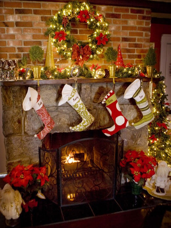 Inspiring Christmas Fireplace Mantel Decoration Ideas DigsDigs - Mantel christmas decorating ideas