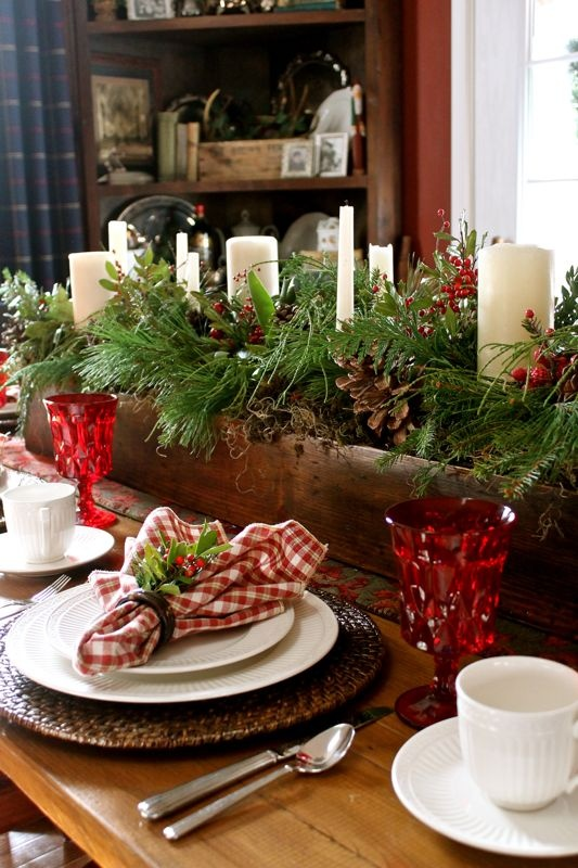 24 inspiring rustic christmas table settings digsdigs - Modern christmas table settings ideas ...