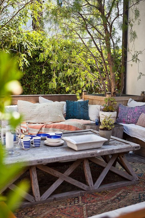 Inviting Outdoor Dining Spaces In Various Styles