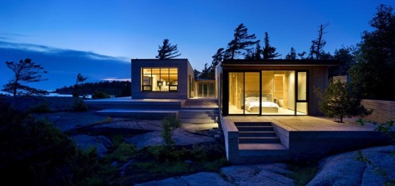 Island Cottage Nested in Washed Granite – SHIFT Cottage by Superkul