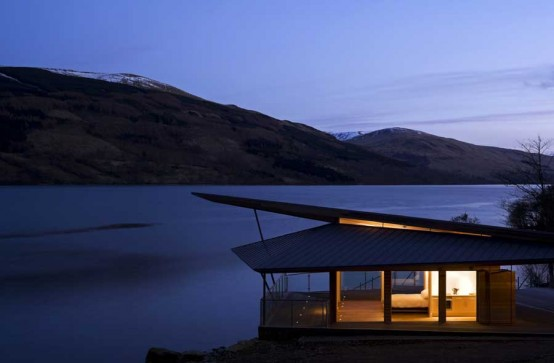 Jamesbond Inspired Boathouse