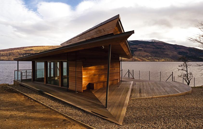 Jamesbond Inspired Boathouse