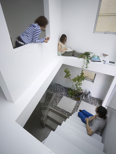 Japanese House Design with Garden Room Inside - DigsDigs