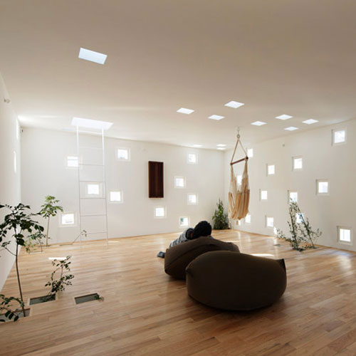 Japanese Living Room With 100 Windows