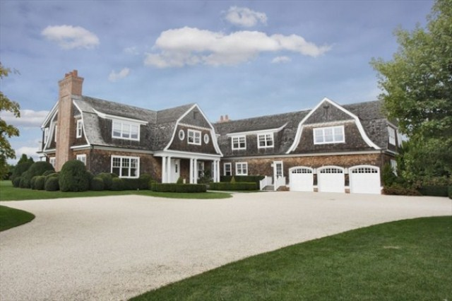 J.Lo's Elegant Mansion In The Hamptons