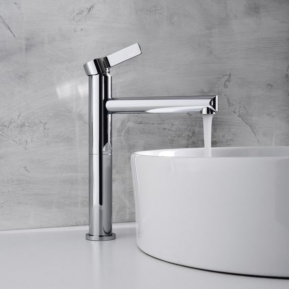 Picture Of kitchen and bathroom trend flowing faucets  17