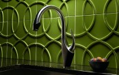 kitchen-and-bathroom-trend-flowing-faucets-2