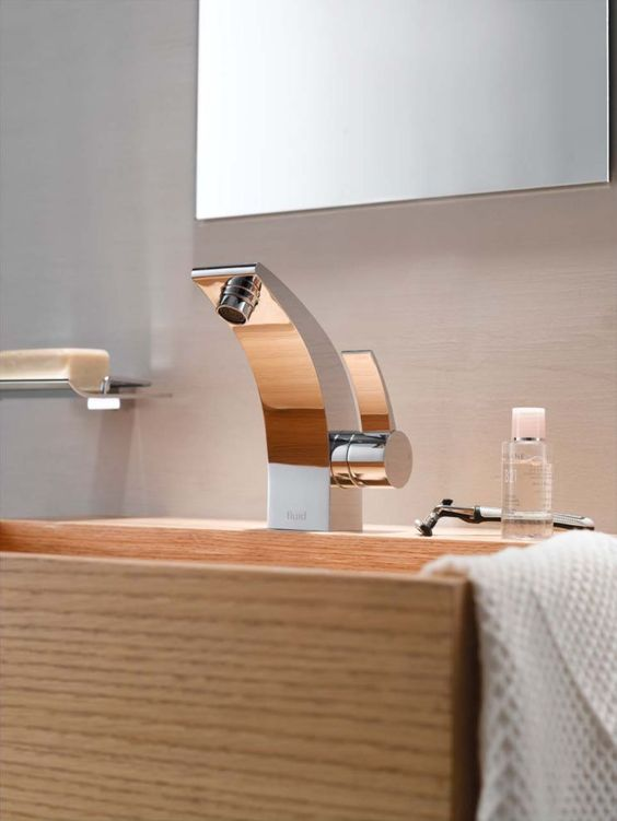 Picture Of kitchen and bathroom trend flowing faucets  21