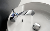 kitchen-and-bathroom-trend-flowing-faucets-4