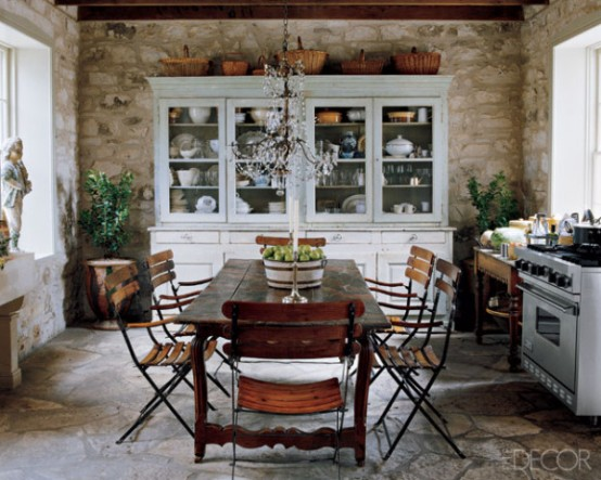 Kitchen Covered Paved In Limestone