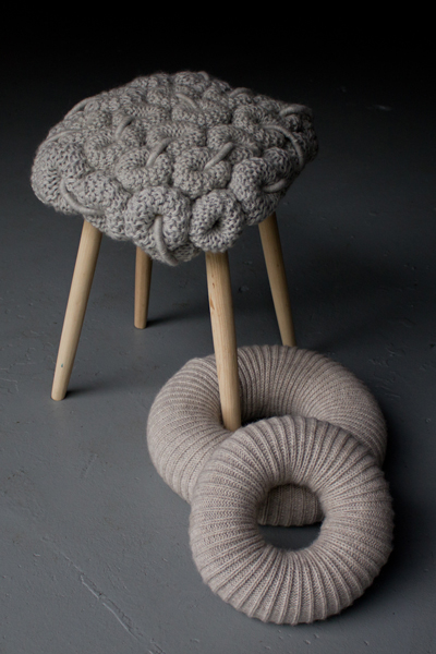 اثاث 2012 عجيب Knitted-kitchen-stools-5