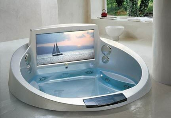 5 cool bathtubs with built in tvs digsdigs - Jacuzzi para interior ...
