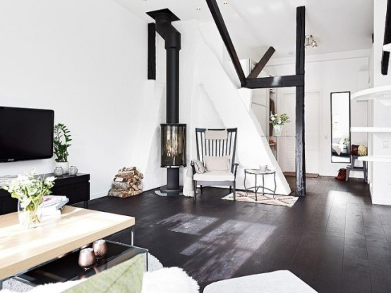 Laconic Black And Whte Loft With Vintage Touches