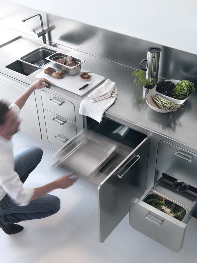 Laconic Stainless Steel Abimis Kitchen For Home Chefs