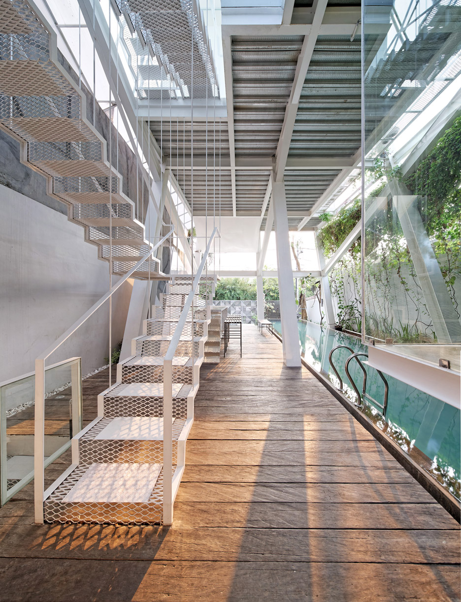 Picture Of leaning rumah miring house with minimalist decor  5