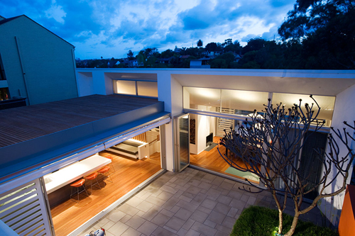 Light and Airy Waterfront House Design – Hunters Hill House