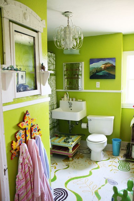43 bright and colorful bathroom design ideas digsdigs for Lime green bathroom ideas pictures