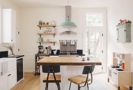 Lively And Stylish Kitchen Design With Mint Green Touches