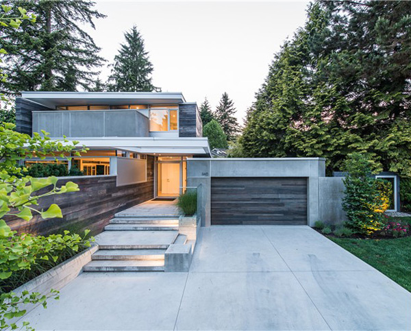 Lively modern vancouver home with bright accents digsdigs for Modern contemporary house plans for sale