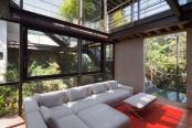 living-amidst-the-forest-glazed-tepozcuautla-house-5