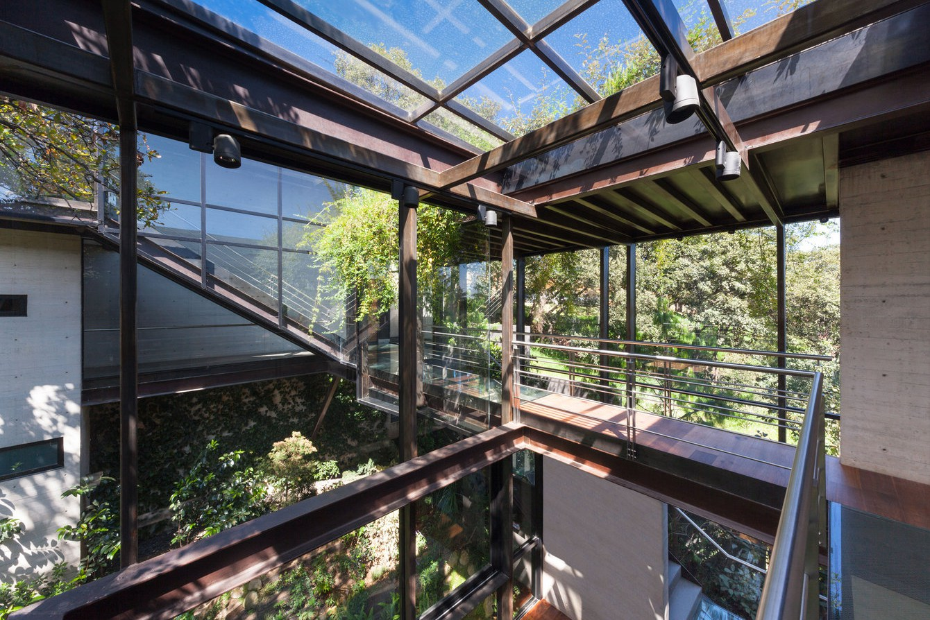 Picture Of living amidst the forest glazed tepozcuautla house  8