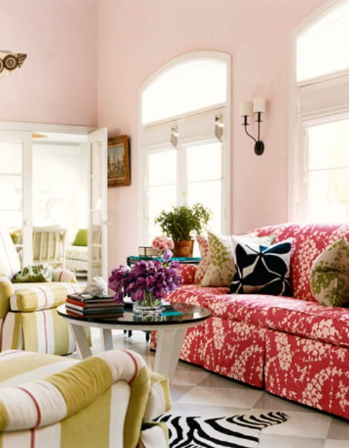 Living Room In A Mix Of Colors