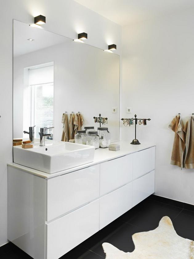 Luxurious Bathroom Looking Like A Home Spa