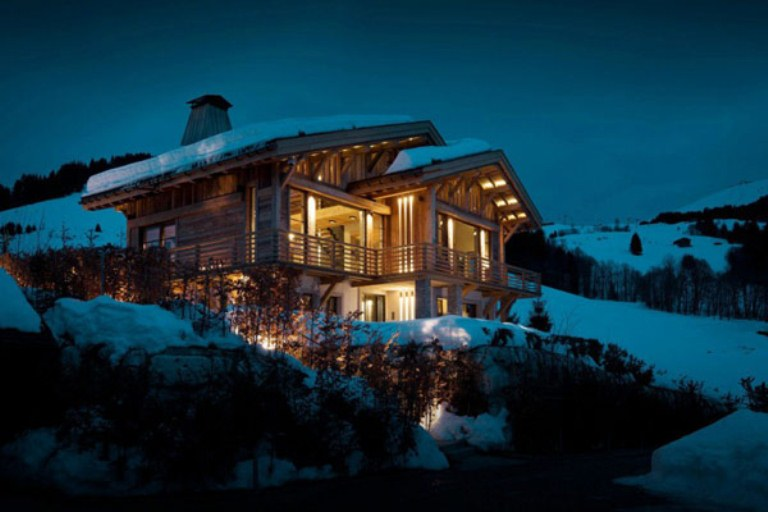 Luxurious Chalet Of Natural Wood In The French Alps Digsdigs