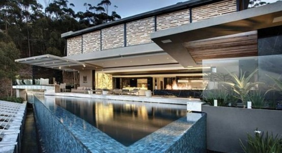 Luxurious Cutting Edge Residence Designed by Antoni Associates
