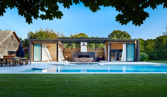 Luxurious indoor and outdoor oasis pool house by icrave for Garden oases pool entrance