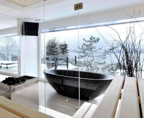Luxurious Wooden Bathtubs