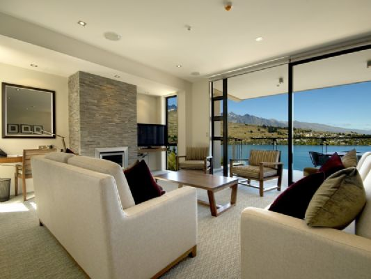 Luxury Apartment Design with Awesome Lake Views