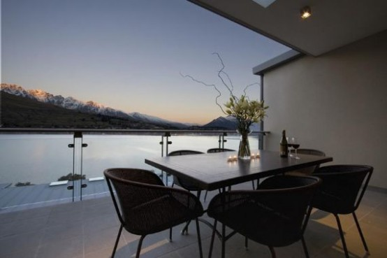 Luxury Apartment Design With Lake View