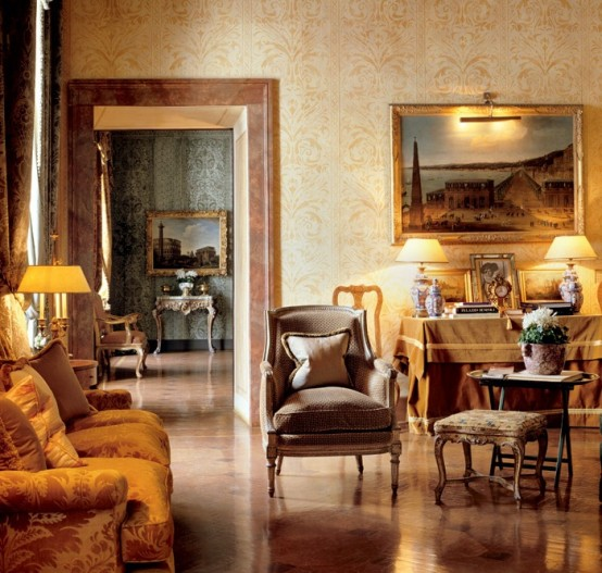 Luxury Apartment In Style Of Palaces To Feel Like A Monarch