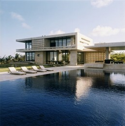 10 Houses With Best Pools In 2010 Digsdigs