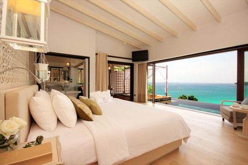 Luxury Bedroom With An Ocean View