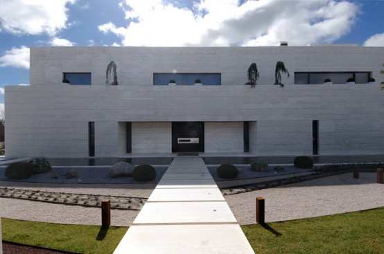 Luxury Minimalist House Design By A Cero