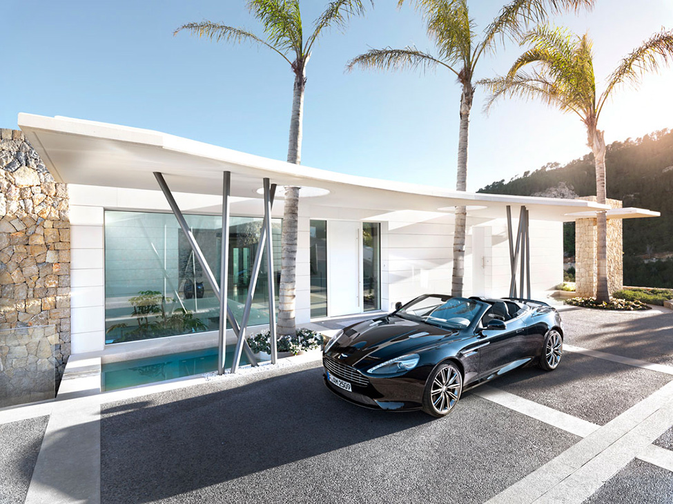 Luxury Villa Chameleon With A Glossy White Interior Digsdigs