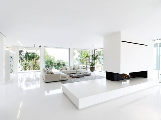 Luxury Villa Chameleon With A Glossy White Interior