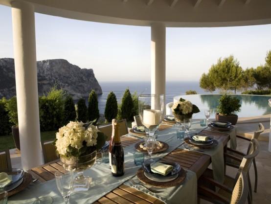 Luxury Villa In A Contemporary Neutral Scheme