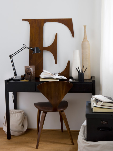 Masculine Working Space In Natural Colors