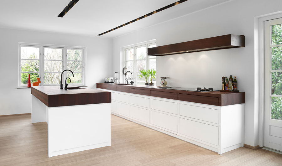 Matt White With Wenge Kitchen