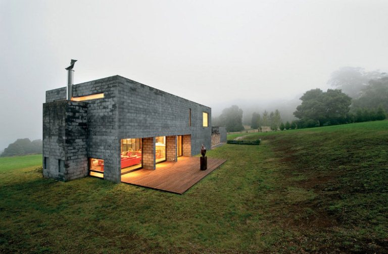 Mending wall house as a cool sample of modern architecture Concrete block home plans