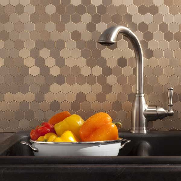 The Hottest Décor Trend: 27 Metallic Tile Décor Ideas