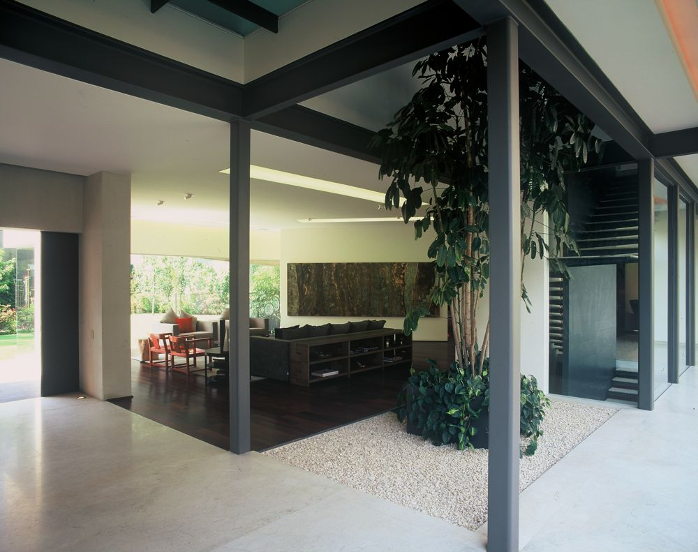 Modern Uban House With Limestone Walls Ba House Digsdigs