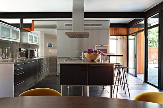 Mid Century House With A Modern Twist In Los Angeles