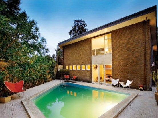 Mid Century House With Contemporary Design And Stunning Internal Courtyard