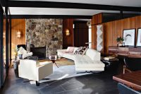 mid-century-modern-house-decorated-with-an-impeccable-taste-1