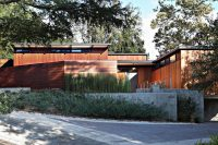 mid-century-modern-house-decorated-with-an-impeccable-taste-10