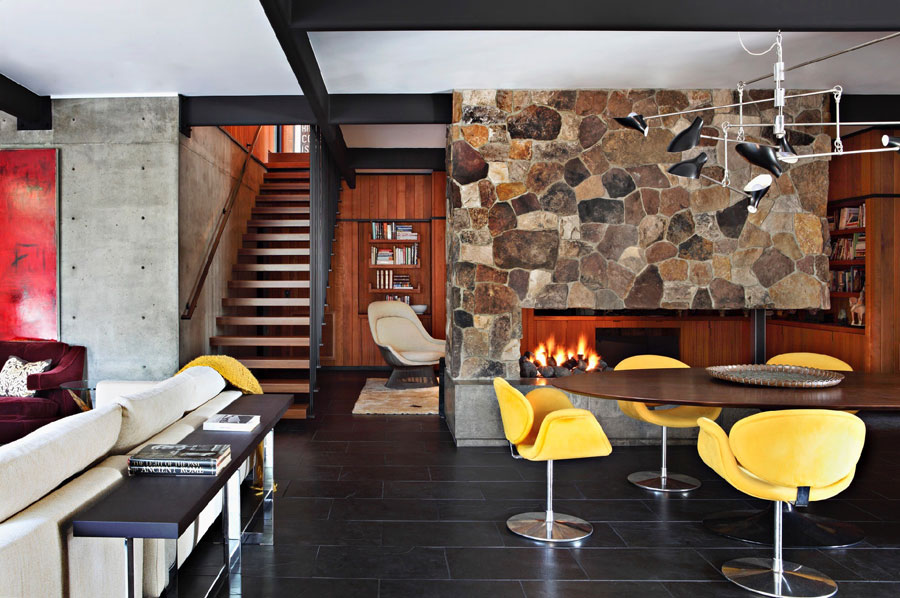 Picture Of mid century modern house decorated with an impeccable taste  8